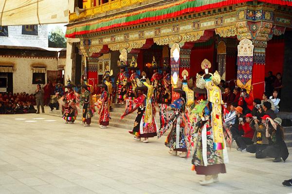 藏传佛教达隆噶举派祖寺查杰玛大殿有望重现昔日风采