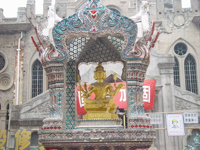 欧洲最大佛教寺院法华禅寺下月举行开光典礼