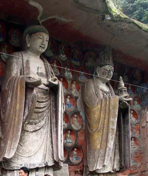 在世俗与佛国之间——大足石刻艺术