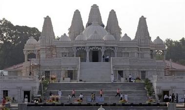 美国1900万美元建成该国最大印度寺庙