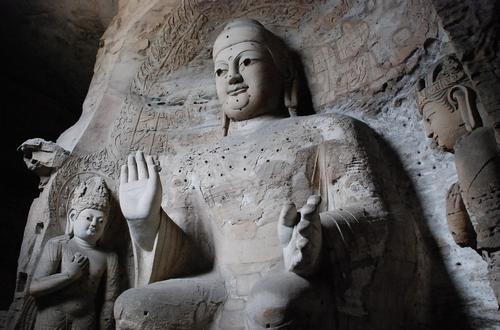 云冈石窟:中国佛教艺术的经典杰作
