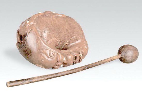 梵呗赞诵的法器:木鱼