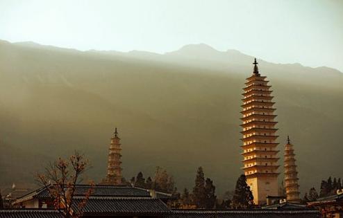 李利安:佛教旅游开发 需兼顾人文教化和社会功能