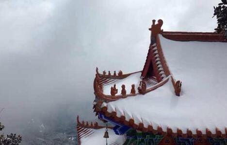 佛教名山 冬日下的鸡足山美景