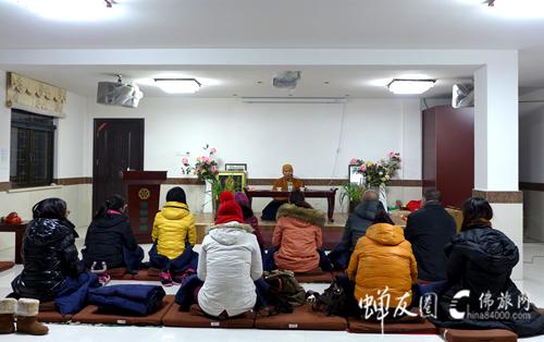 从九华山朝圣看共修《地藏经》的意义