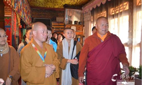 国务院:西藏现有活佛358名|西藏佛教旅游