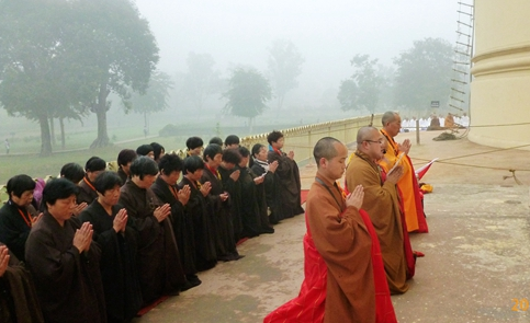 2014/12/08 印度朝圣感怀:然一师拘尸那罗作朝圣祈愿文