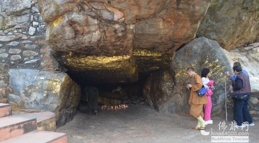 印度朝圣讲述:灵鹫山的修行洞