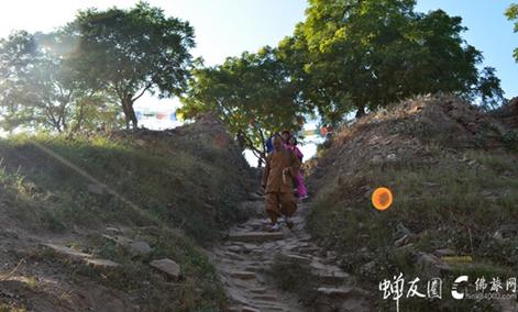 12月12日 全景佛陀应迹 龙8国际娱乐官网佛陀的故乡