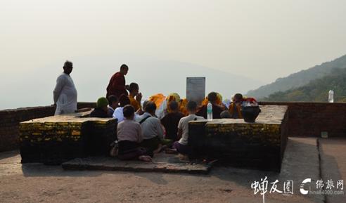 聆听灵鹫山的呼唤 印度朝圣之旅