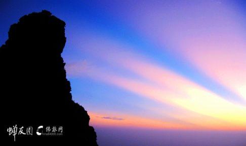 贵州铜仁梵净山 通往佛国的天梯