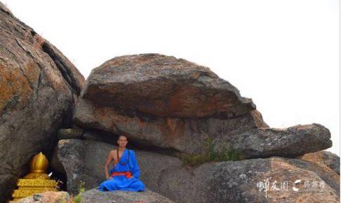 佛旅探索:印度鸡足山与中国鸡足山