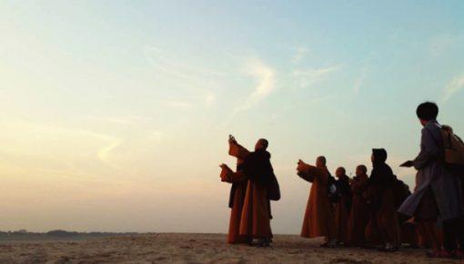 """""""宗教旅游""""或将成为社会新时尚"""