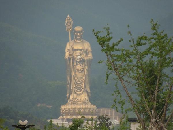 地藏菩萨为什么能具有不可思议功德?|九华山朝圣