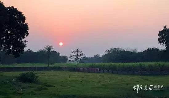 南丹格尔的夕阳余晖