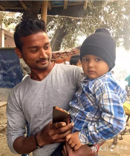 印度可爱的小盆友