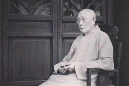 中国佛教协会咨议委员会主席、苏州灵岩山寺方丈明学长老示寂