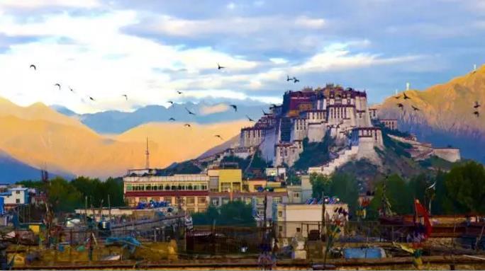 西藏佛教朝圣:西藏民俗禁忌12条