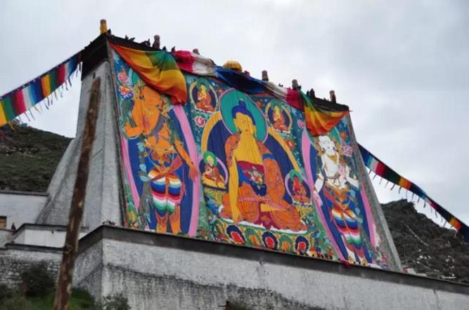 西藏藏地节日之日喀则展佛节|西藏佛教旅游
