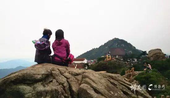 地藏诞,我们迎着七彩光芒朝礼地藏王菩萨 — 九华山朝圣回顾
