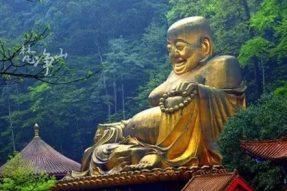 """这座佛教名山人人赞叹,外国朋友直呼""""仙境"""",但在佛弟子眼中却有更深层的意义…"""