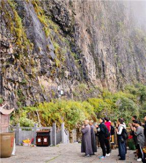 鸡足山传奇:传说中的罗汉每天到此朝拜迦叶尊者