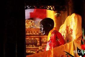 """美丽圣地:曹溪""""狮子岩""""上的""""六祖避难石"""""""