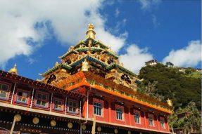 世界三大金刚座之一,宁玛派教法之源——噶陀金刚寺的传奇故事